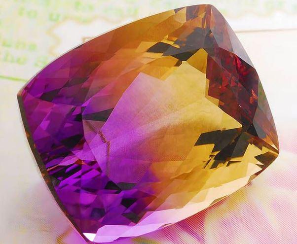 камень боливианит