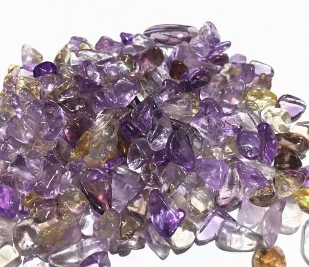 редкий камень аметрин