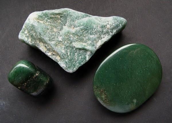 камень Зелёный авантюрин