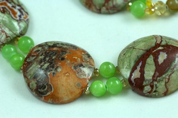Изделия из зеленой яшмы