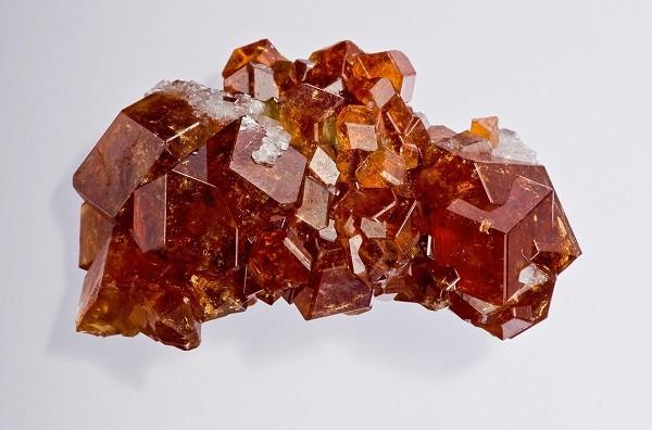 Как выглядит камень гиацинт