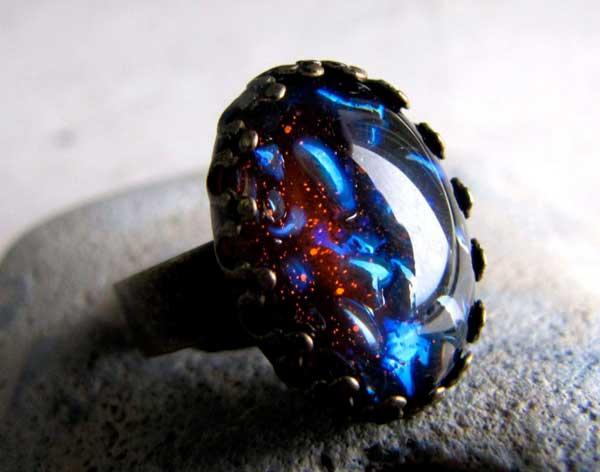 кольцо с черным опалом
