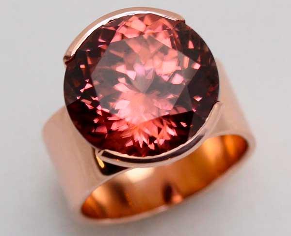 кольцо с камнем гиацинт