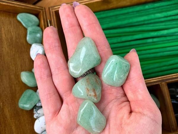 минерал авантюрин зеленый