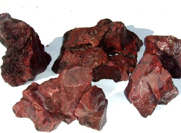природный камень красная яшма
