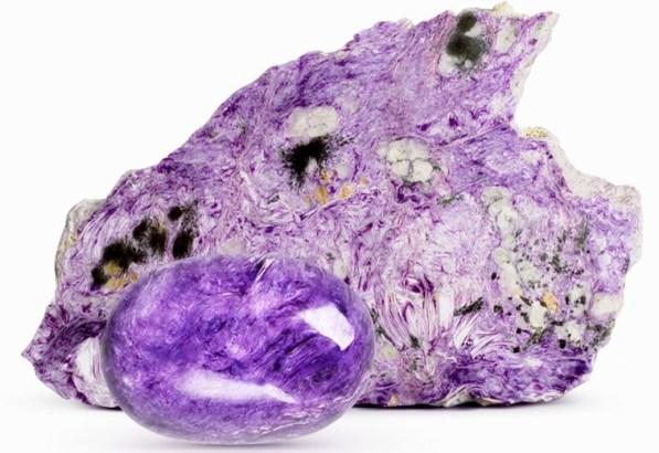 прожилково-пятнистый минерал