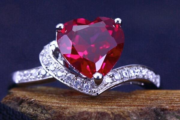 Рубины и алмазы для Льва