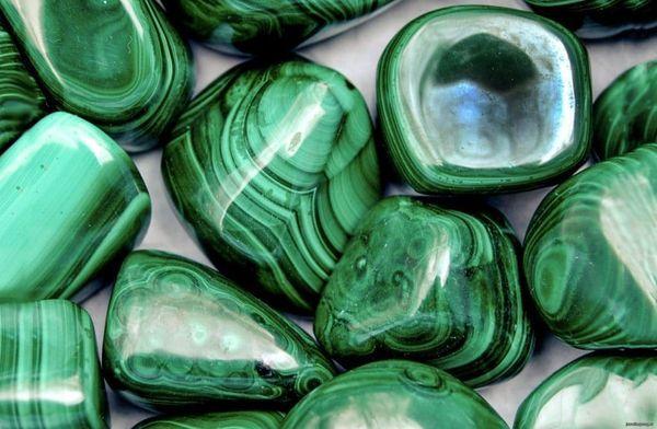 Натуральные и поддельные камни