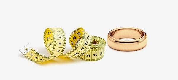 Как тайно узнать размер кольца
