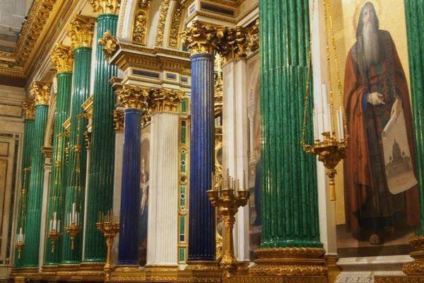 Колонны из малахита Исаакиевского собора