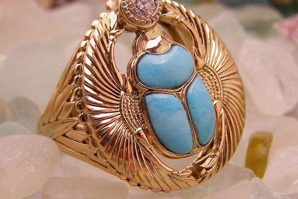 Перстень с жуком скарабеем из бирюзы