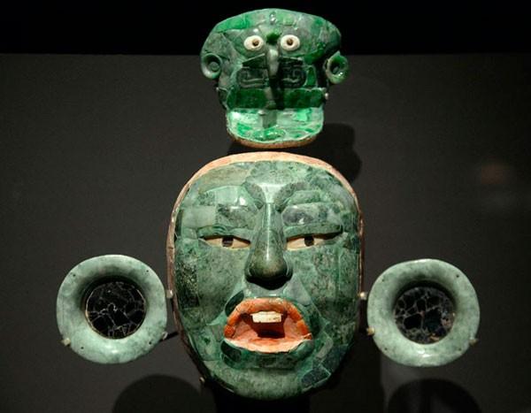 нефритовая маска майя