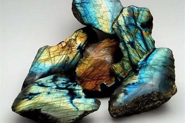 Что символизирует камень лабрадор