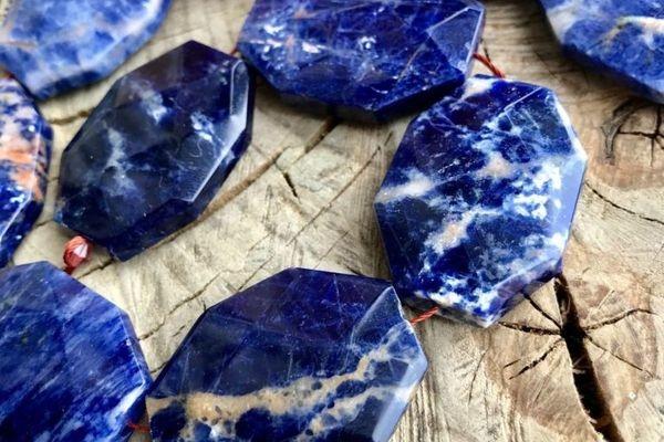 Содалит: лечебные свойства минерала