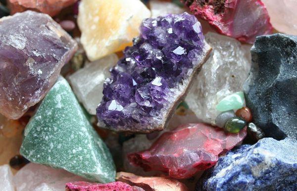 Минералы и камни