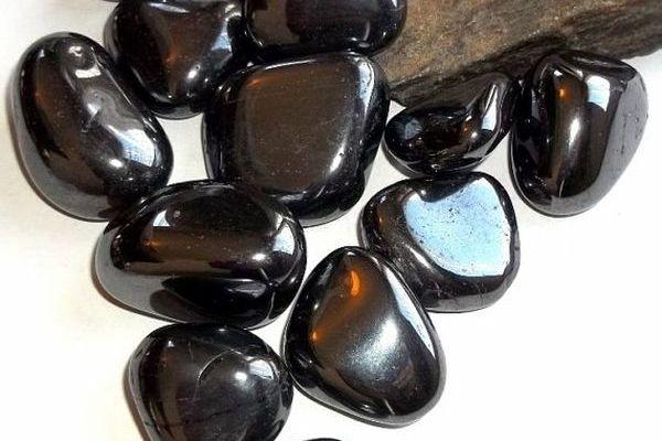 Черный гематит