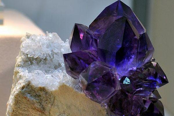 Где добывают минерал