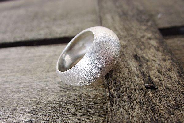 Матовое серебро
